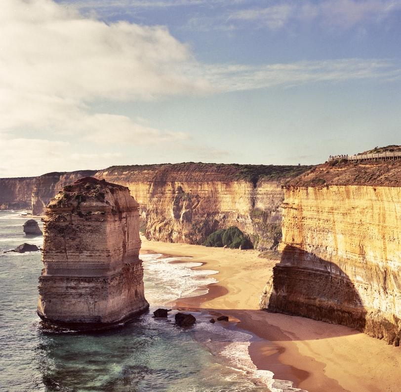 澳洲签证电调两次,是怎么回事?