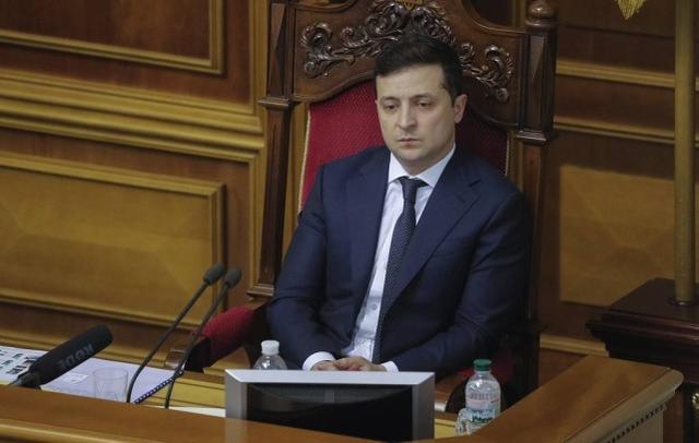 乌克兰总统:国外公民赶快回国,27日将关闭国家边境